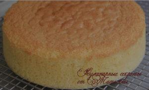 летний торт с клубникой