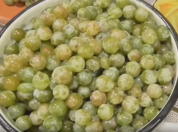 заготовка винограда на зиму сок из винограда