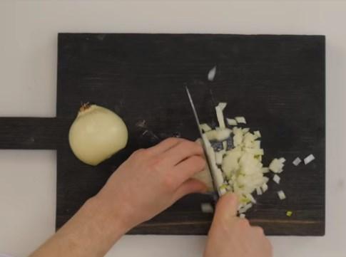 окрошка на квасе с горчицей