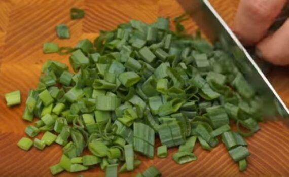 салат с редиской и кукурузой