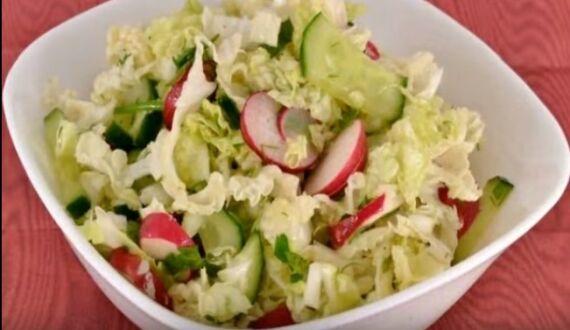 салат с редиской и пекинской капустой