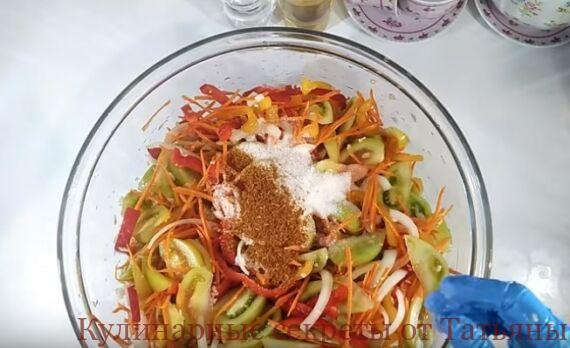 салат из зеленых помидор по-коррейски