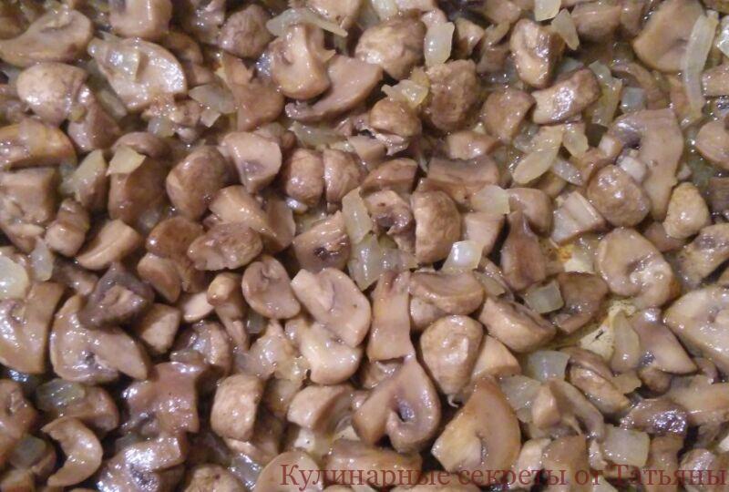 жульен с грибами и курицей со сливками